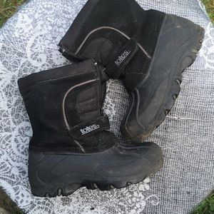 Totes Black Snow Boots (winter)
